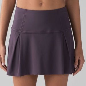 """Lululemon Lost In Pace Skirt Tall 15""""Black Currant"""